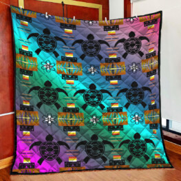 Turtle Swimming Hooded Full Size Quilt King Queen Twin Throw
