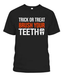 Trick or treat brush your teeth funny dental Halloween T-Shirts, Hoodie, Sweatshirt, Adult Size S-5XL
